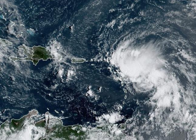 Tormentas Laura y Marco avanzan por el Caribe con un mismo destino: EEUU