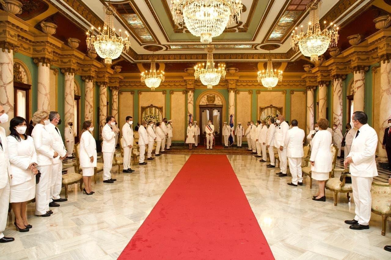 Lista definitiva de los funcionarios del gabinete presidencial de Luis Abinader