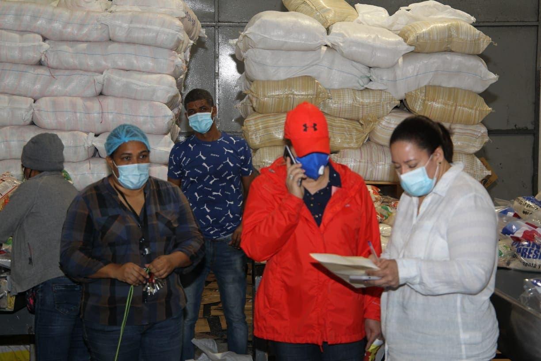 Luis Abinader instruye distribución de raciones alimenticias en comunidades afectadas por tormenta Laura