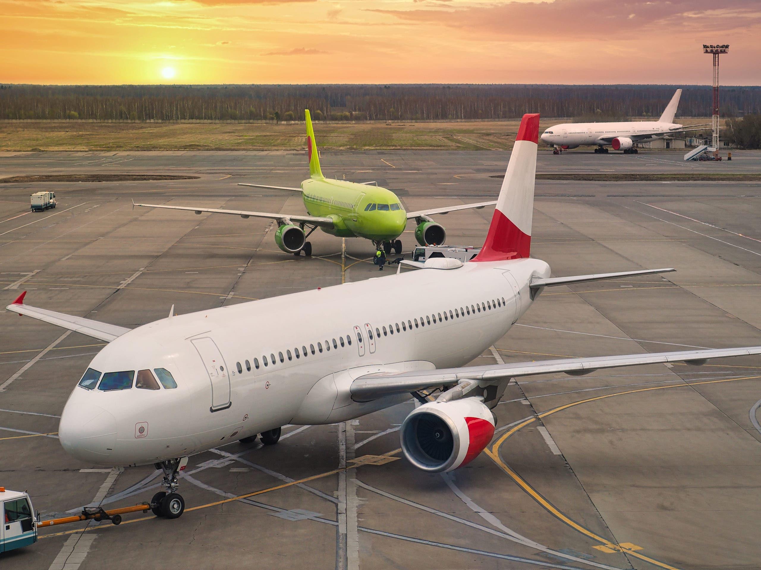 Ante críticas al de Bávaro, identifican 21 aeropuertos que están a unos 19 kilómetros uno de otro