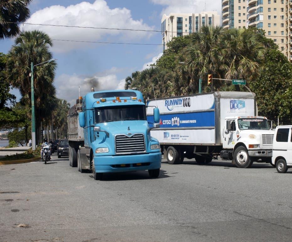 Desde las 12 del medidodía está prohibida circulación de camiones y patanas