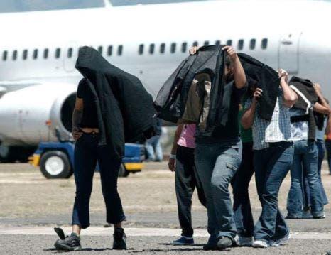 EEUU deporta a 94 inmigrantes a República Dominicana desde Puerto Rico