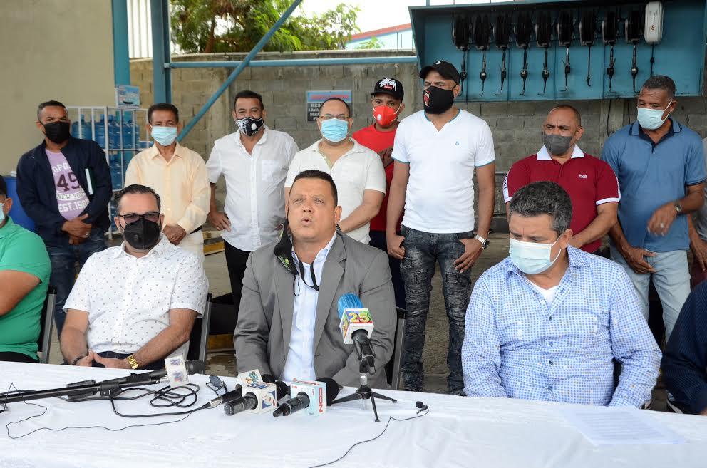 Transportistas del Cibao piden auxilio del Gobierno ante crisis generada por Covid-19