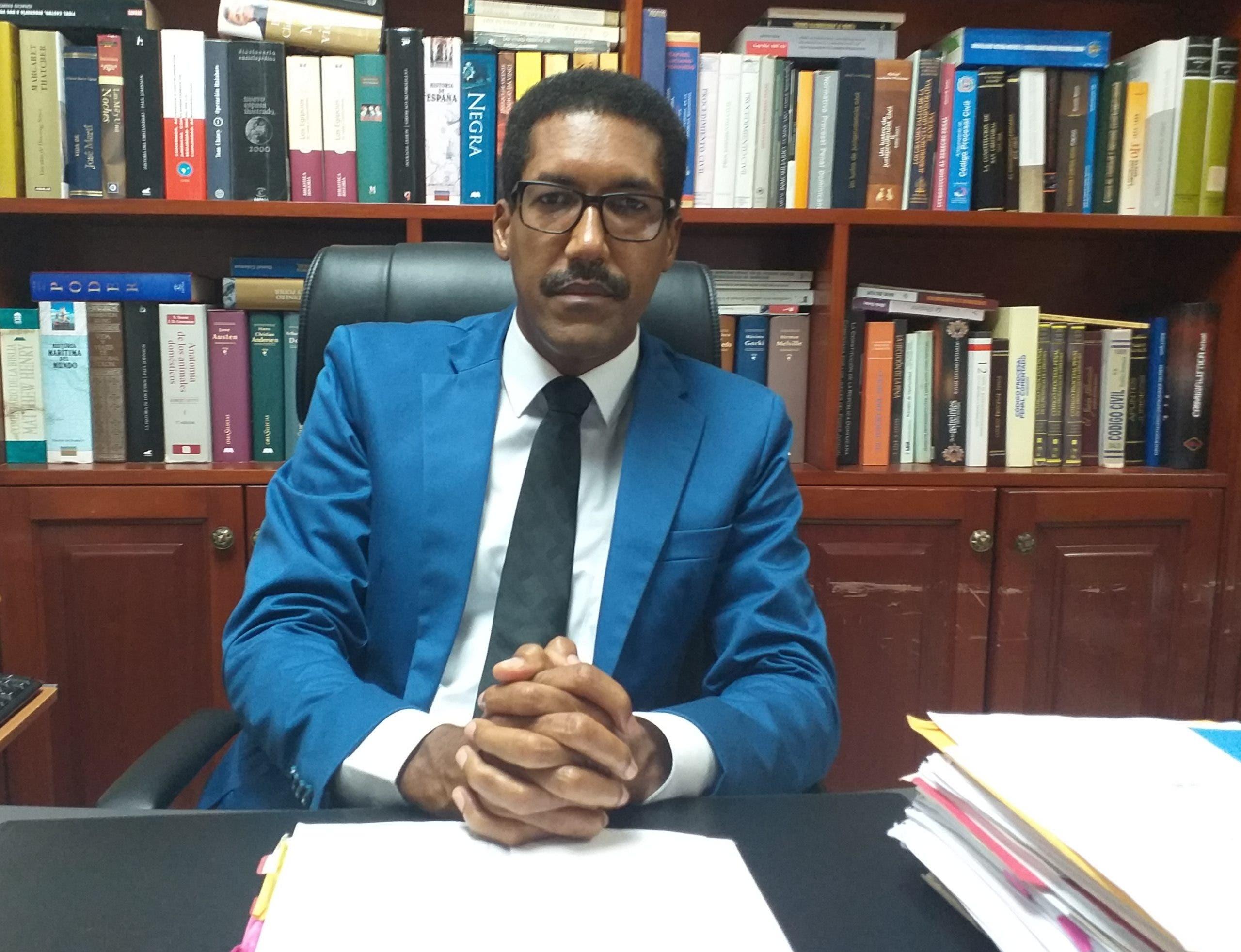 Jurista califica de inconstitucional celebración audiencias virtuales