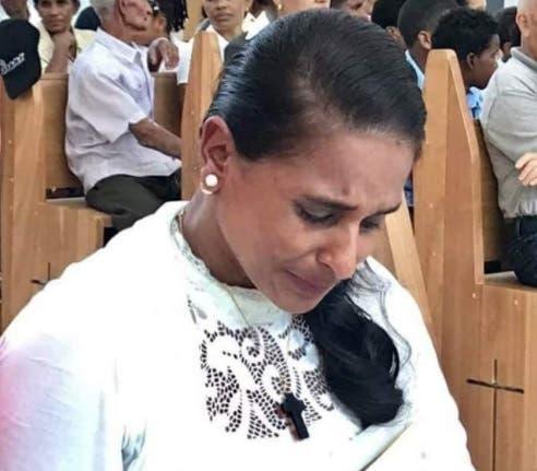 Madre de Emely Peguero pide apoyo para que Marlin Martínez no consiga su libertad