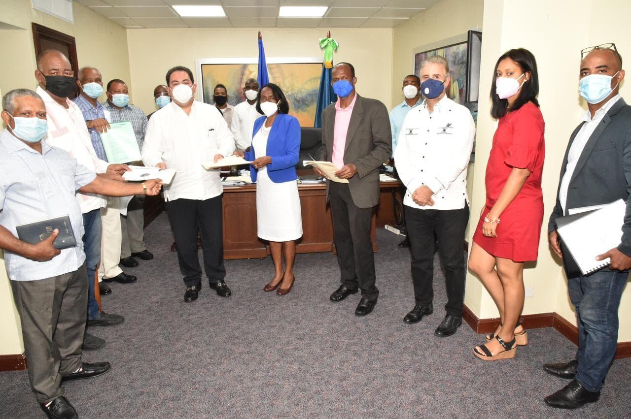 Autoridades de Salud asumen campaña de gestión y educación comunitaria contra el COVID-19