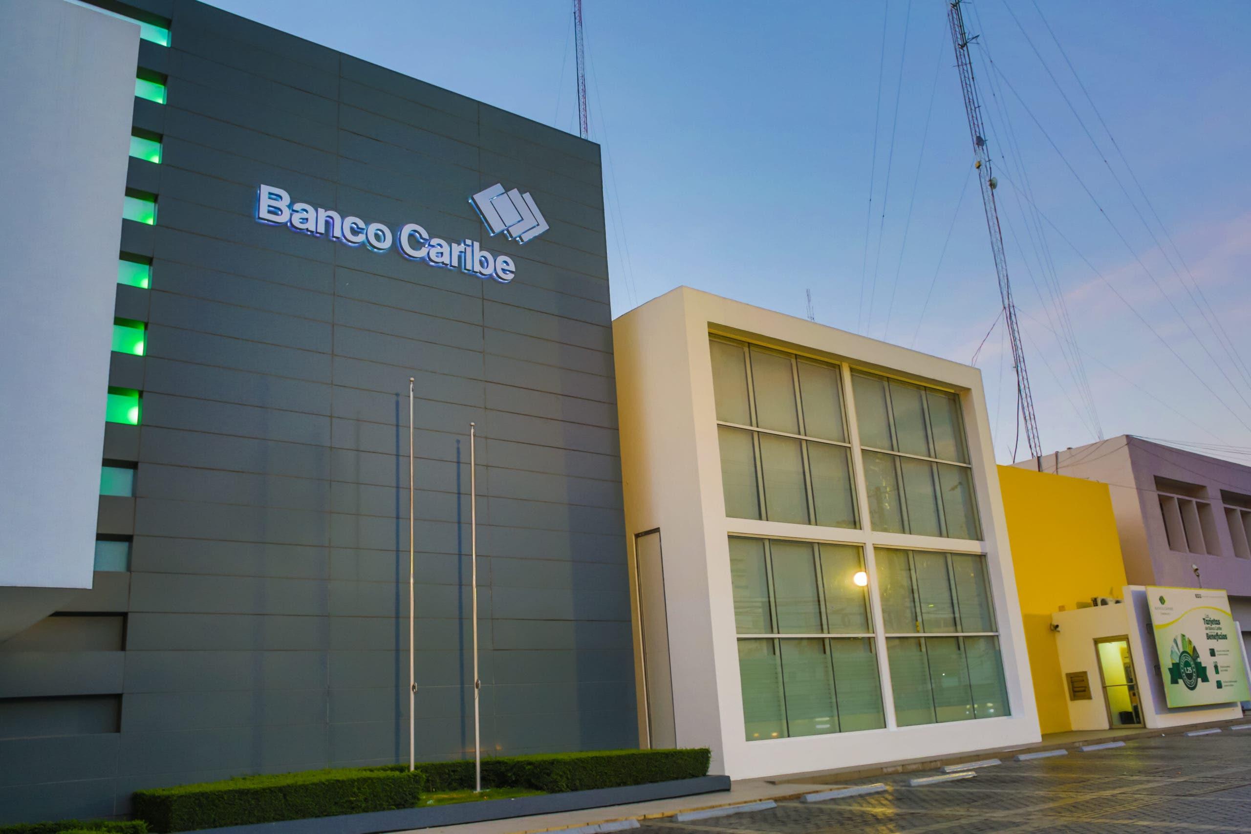 """Banco Caribe introduce cuenta de ahorros """"Máxima"""" en dólares"""