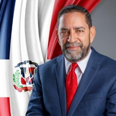 Cónsul en Nueva York, Eligio Jáquez anuncia está libre de COVID-19