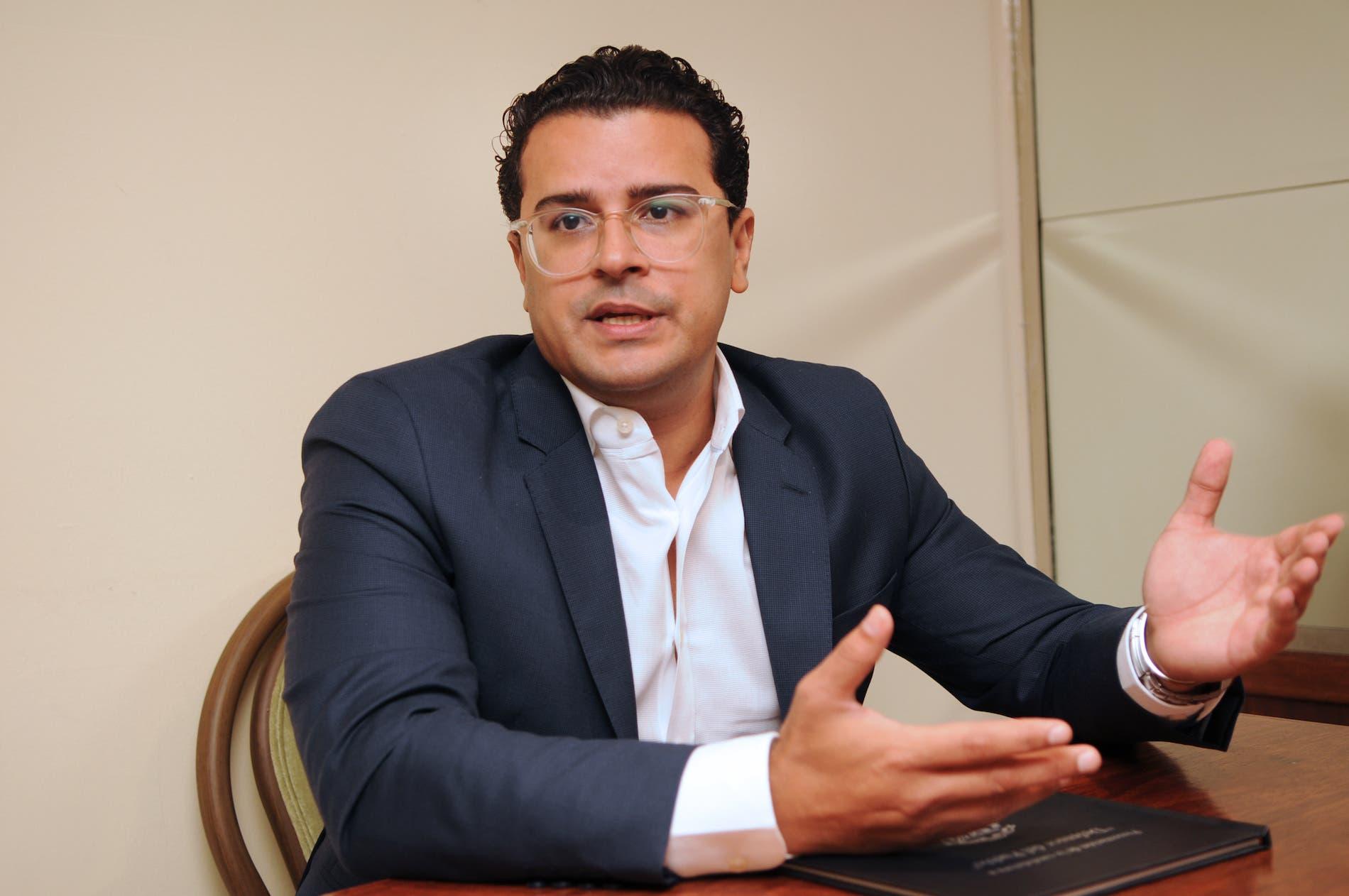 Caso de abogados contratados por Jean Alain hasta 2023: Martínez Hoepelman presenta renuncia formal