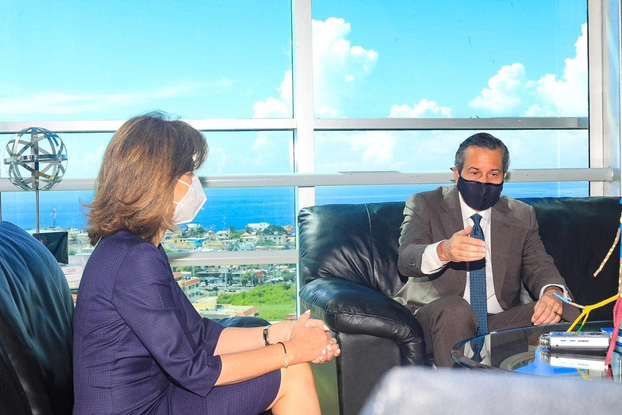 Lo que hablaron la Vicepresidenta de la República y ministro de Medio Ambiente durante encuentro