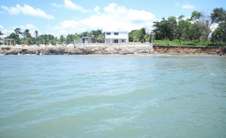 Videos: Construcción Punta Catalina provocó desaparición de la playa  de Paya, en Baní