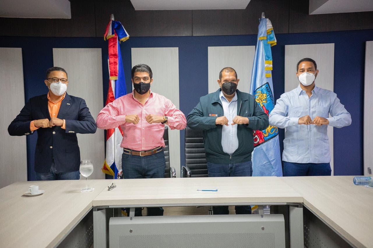 Construirán plaza a buhoneros en Los Guaricanos