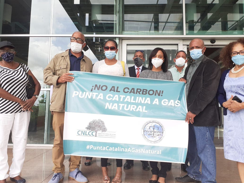 Demandan cierre inmediato de Punta Catalina y conversión a gas natural