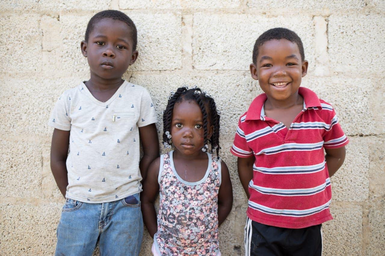 Lanzan plan para trabajar junto con el sector privado en la protección de la niñez