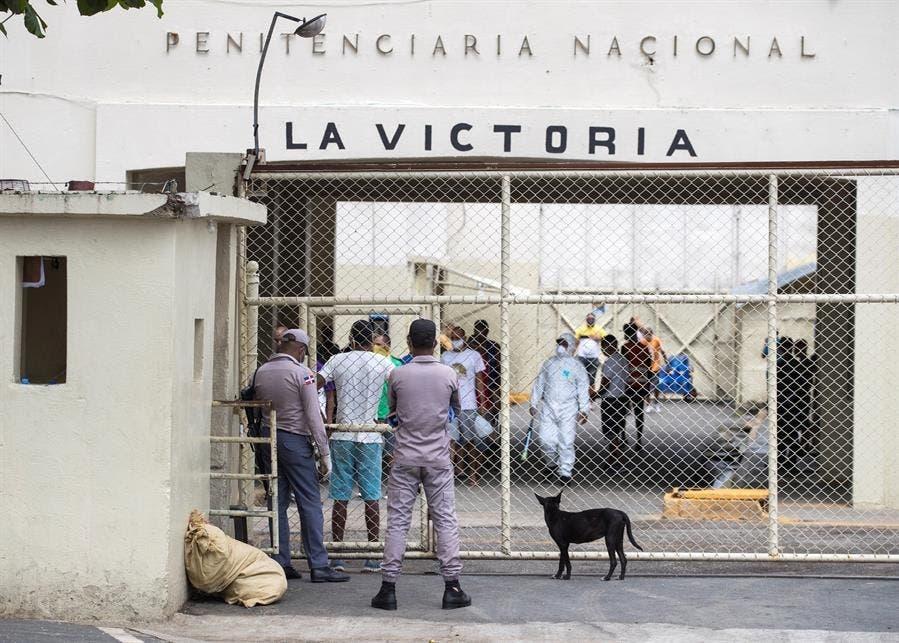 Más de mil agentes de seguridad del gobierno tomaron el control de La Victoria