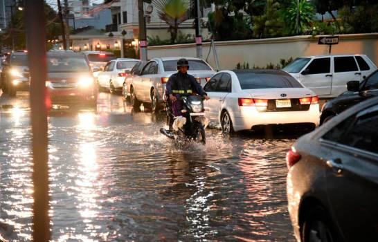 COE coloca a nueve provincias en alerta verde por lluvias