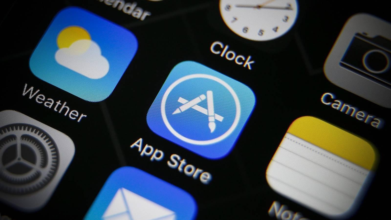 Spotify y Tinder demandan a Apple y Google