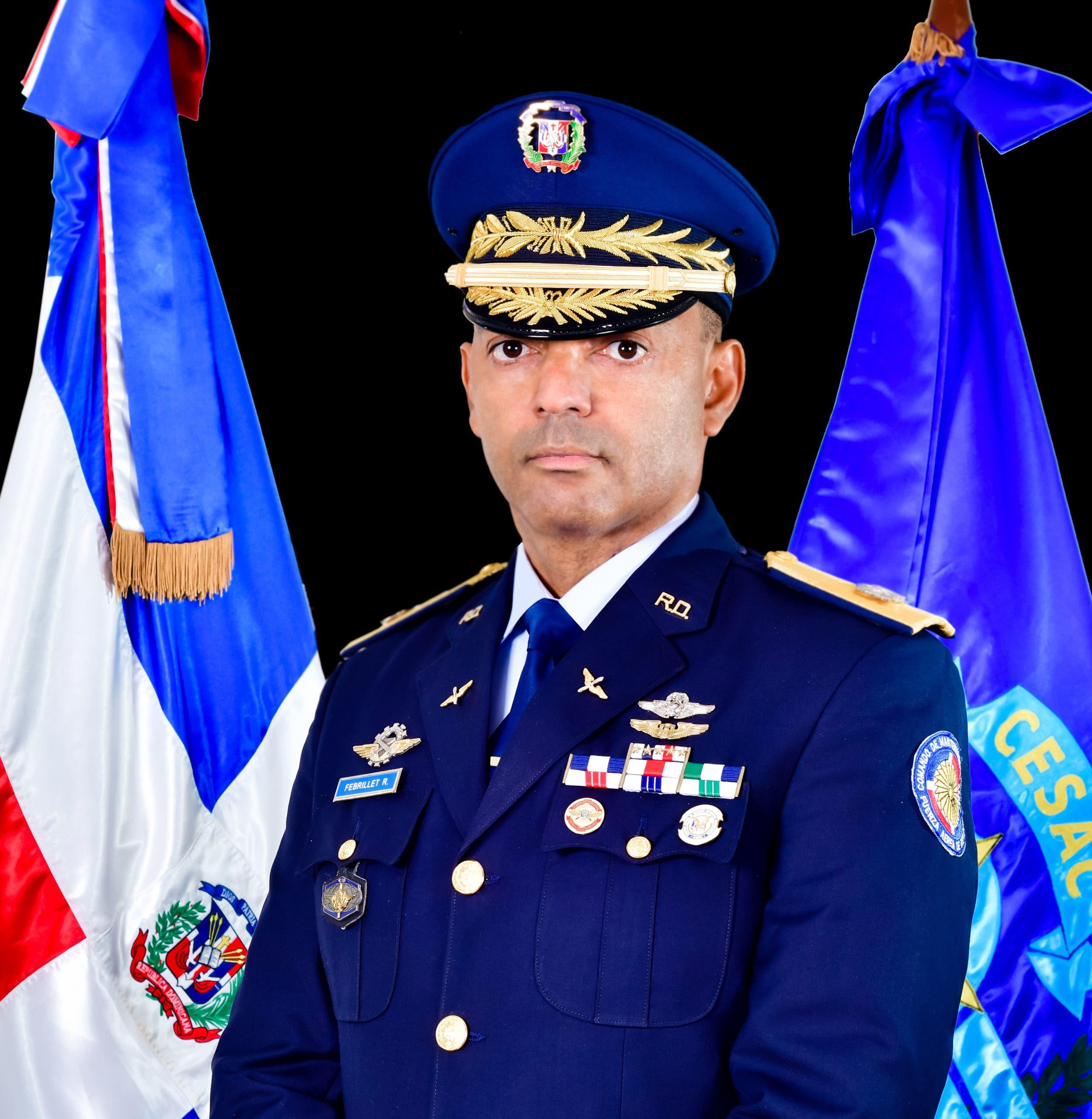 CESAC sustituye jefes de seguridad en los aeropuertos