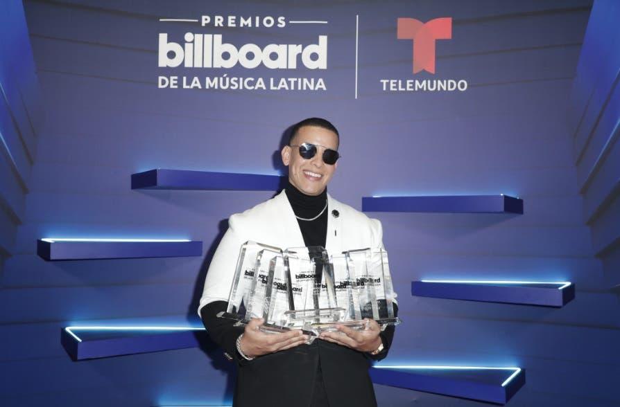 Vea aquí lo más impactante de los premios Billboard 2020
