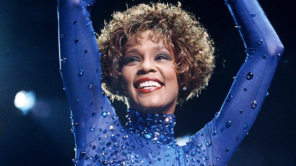 Whitney Houston hace historia con tercer disco de diamante