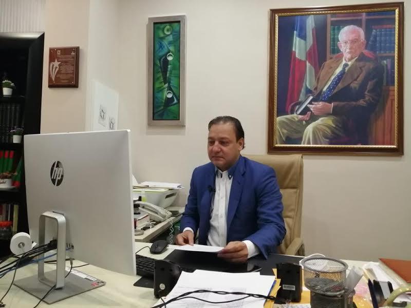 Proyecto presidencial de Abel Martínez recibe apoyo de dominicanos en España