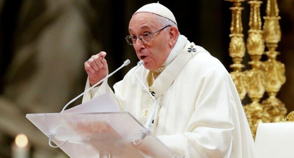 """El papa Francisco pidió que las restricciones por la pandemia sirvan para disfrutar de una Navidad """"más verdadera"""""""
