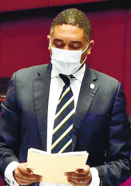 Senador advierte Gobierno de Luis Abinader busca crear monopolio político