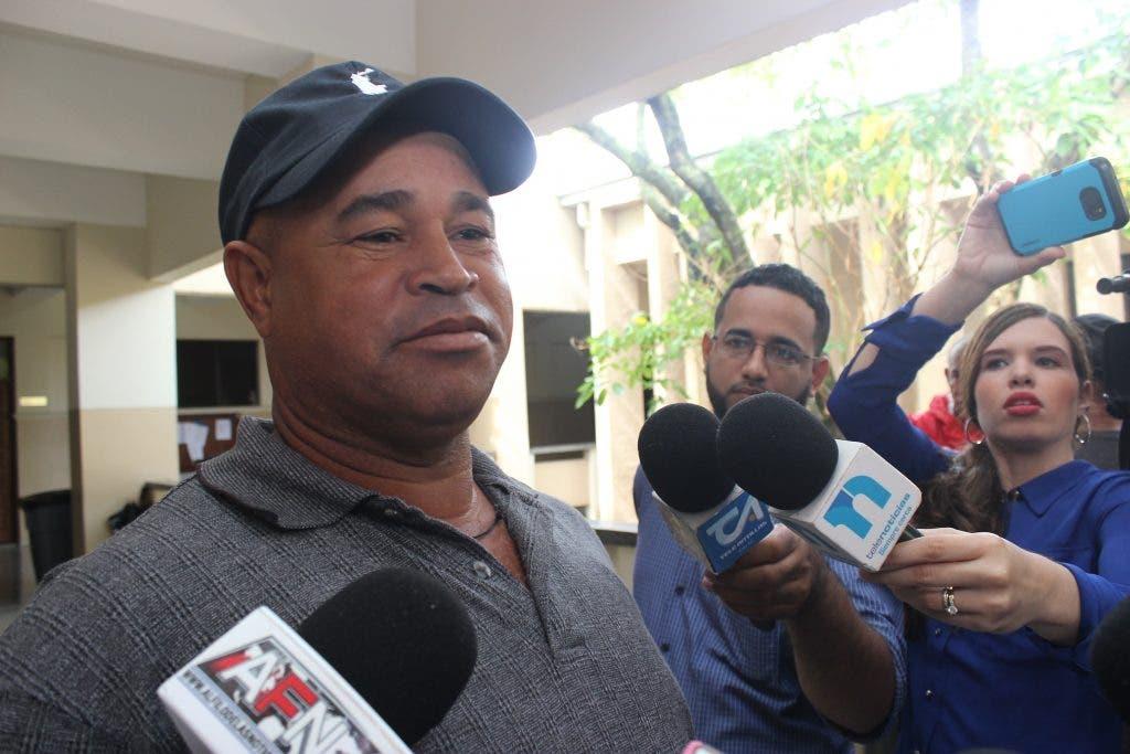 Padre de Emely Peguero sobre traslado de Marlon: «La justicia aquí no sirve»