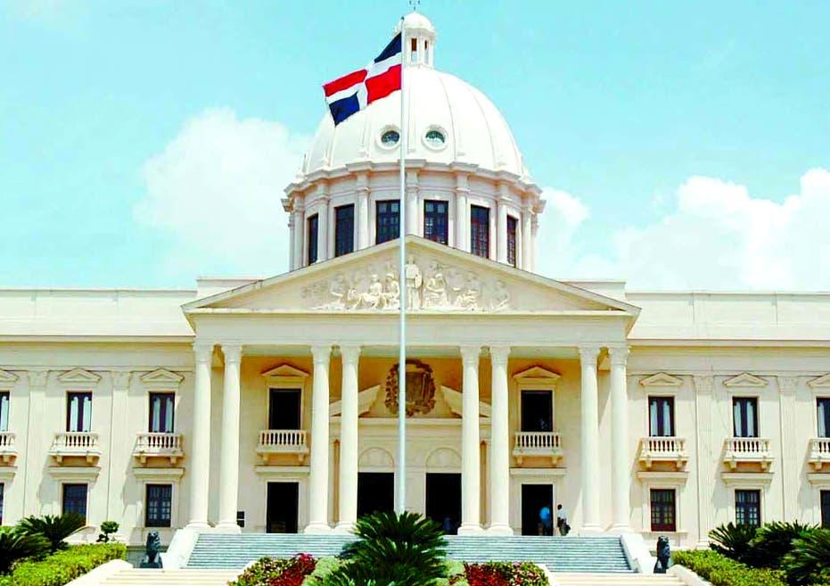 Luis Abinader emite decretos designan a más de 20 vicecónsules