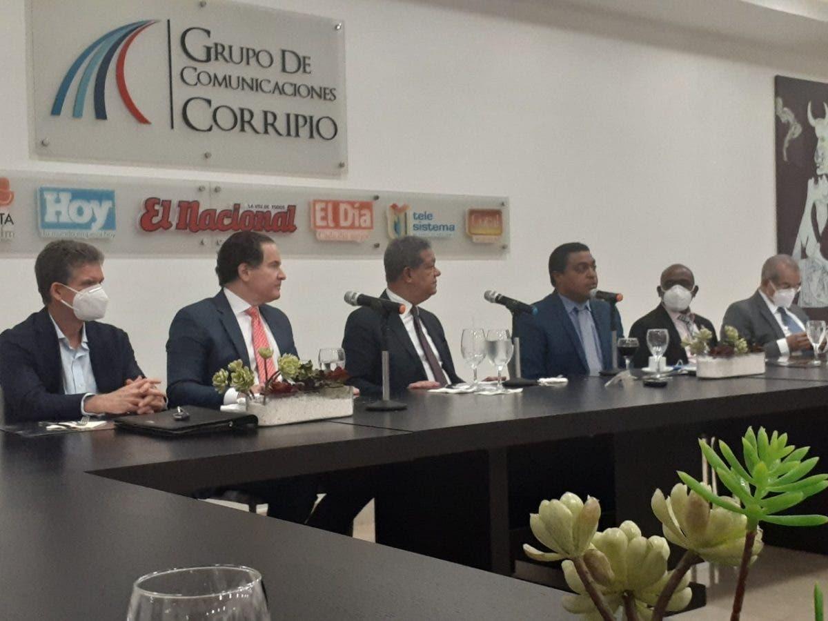 Leonel Fenández reitera integrantes de la JCE deben ser independientes de los partidos políticos