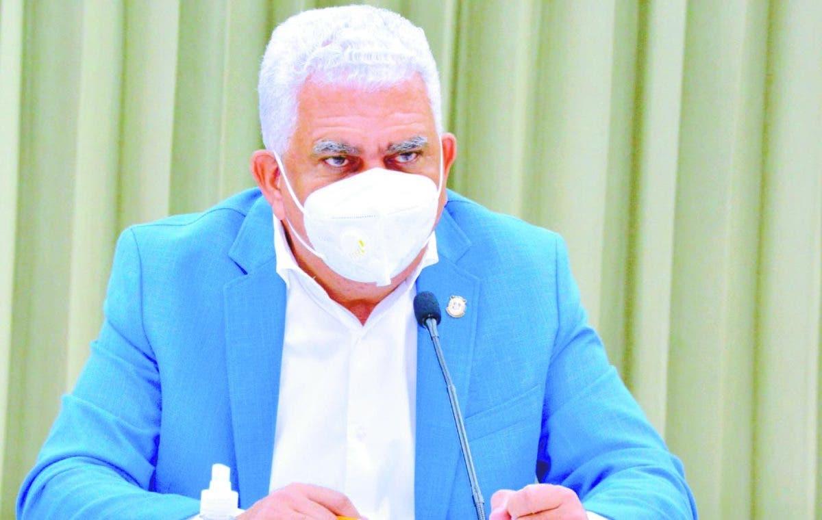 Ricardo de los Santos niega senadores reciban presión de Palacio en escogencia de miembros JCE