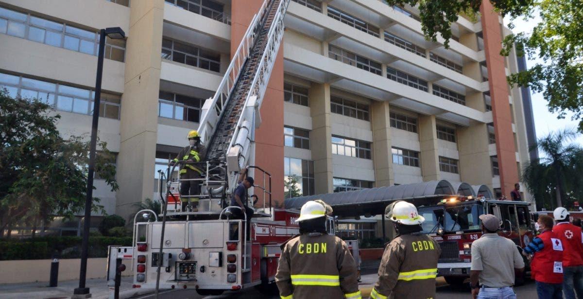 Otro fuego, arde Torre Administrativa UASD