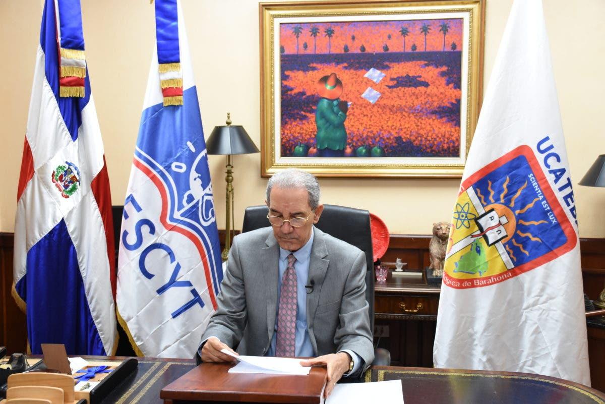 Ministro del MESCYT y Obispo de la Vega encabezan investidura virtual de 313 estudiantes de UCATECI