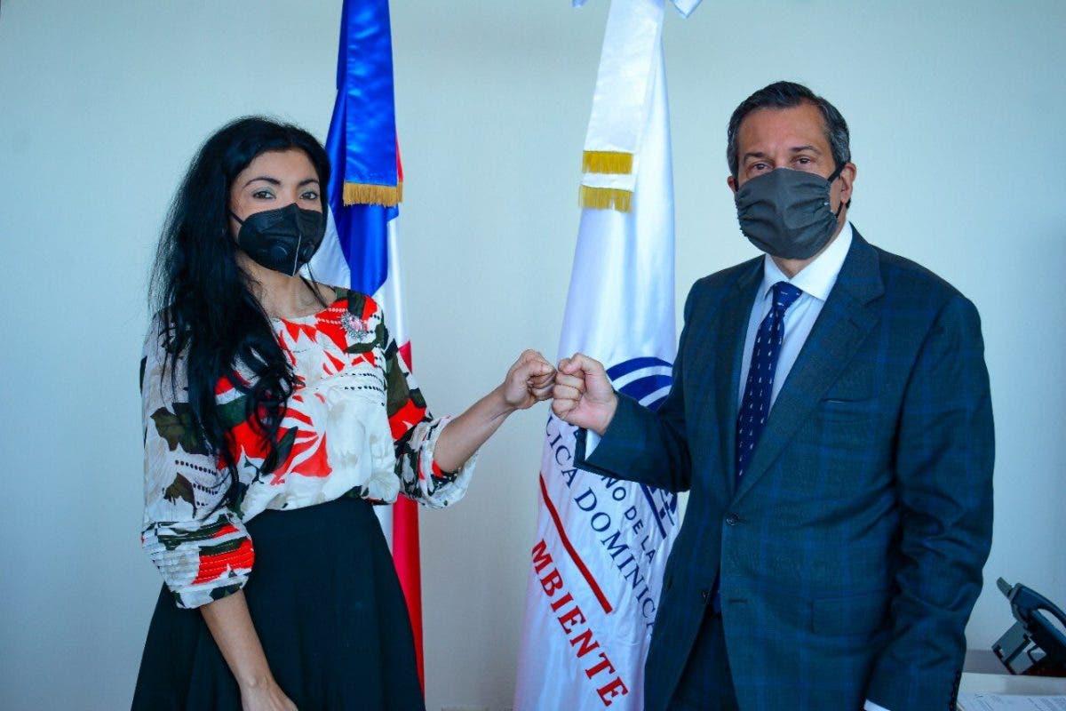 Jorge Mera y Yeni Barenice tratan sobre sanciones contra delitos ambientales