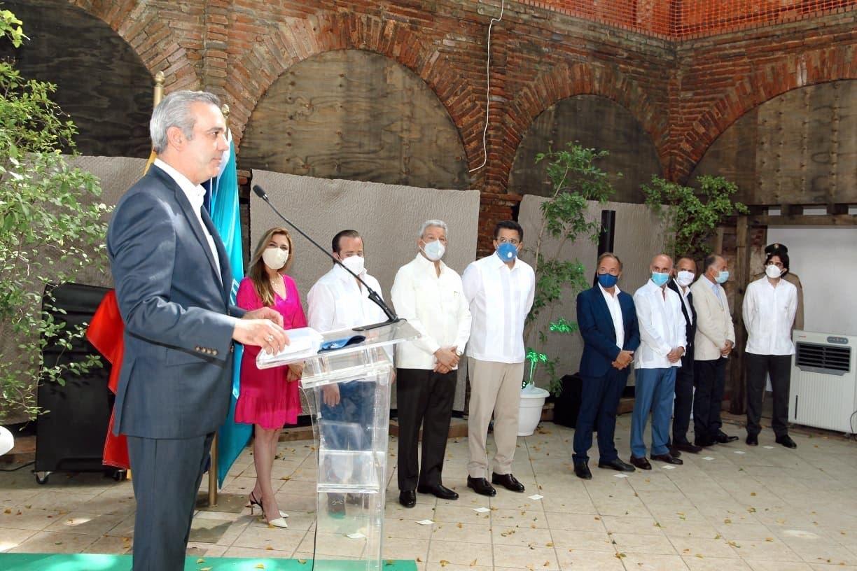 Luis Abinader anuncia segunda fase de remodelación de la Ciudad Colonial