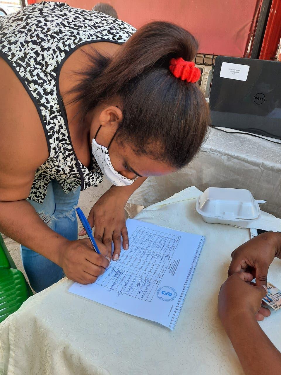 """Cambian cédula por tarjeta a beneficiarios reportaron sustracción de fondos """"Quédate en Casa"""""""