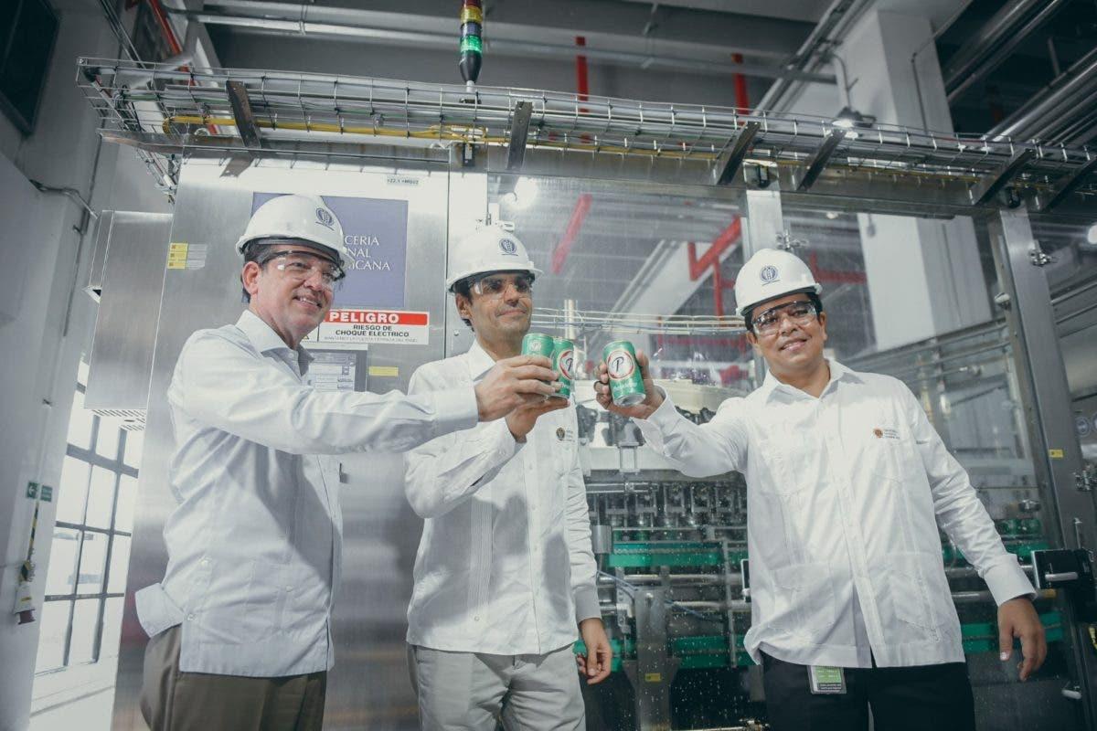 Cervecería inaugura una nueva e innovadora línea de latas
