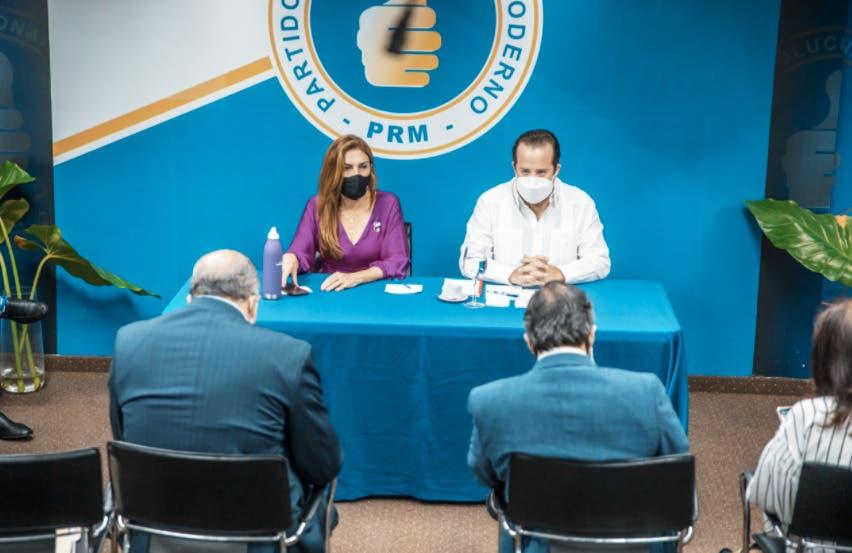 Dirección Ejecutiva PRM discute en reunión vacantes de diputados