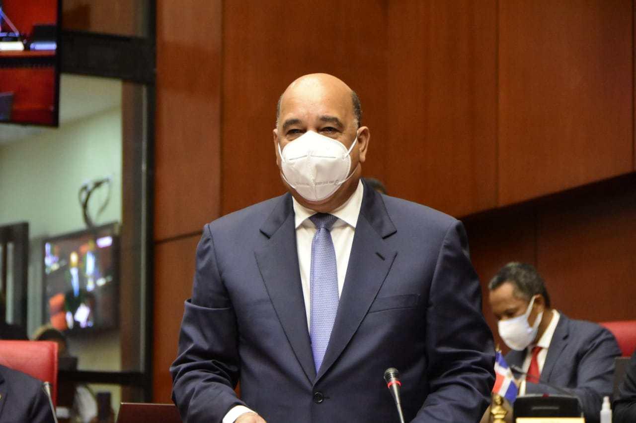 Fuerza del Pueblo elige al senador Bautista Rojas como su representante ante el CNM