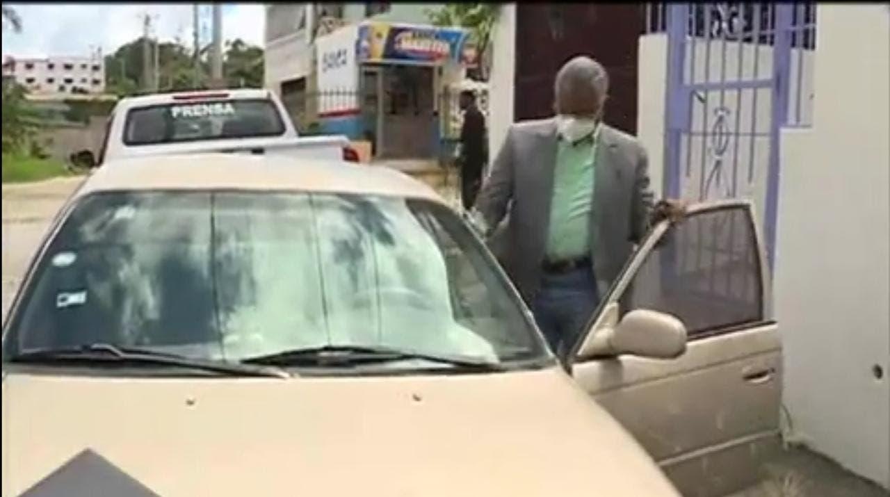 Conozca la historia del taxista que aspira a ser miembro de la JCE