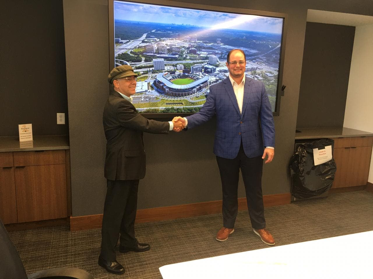Vicepresidente ejecutivo de Bravos de Atlanta asesoraría alcaldía SDE para construcción estadio