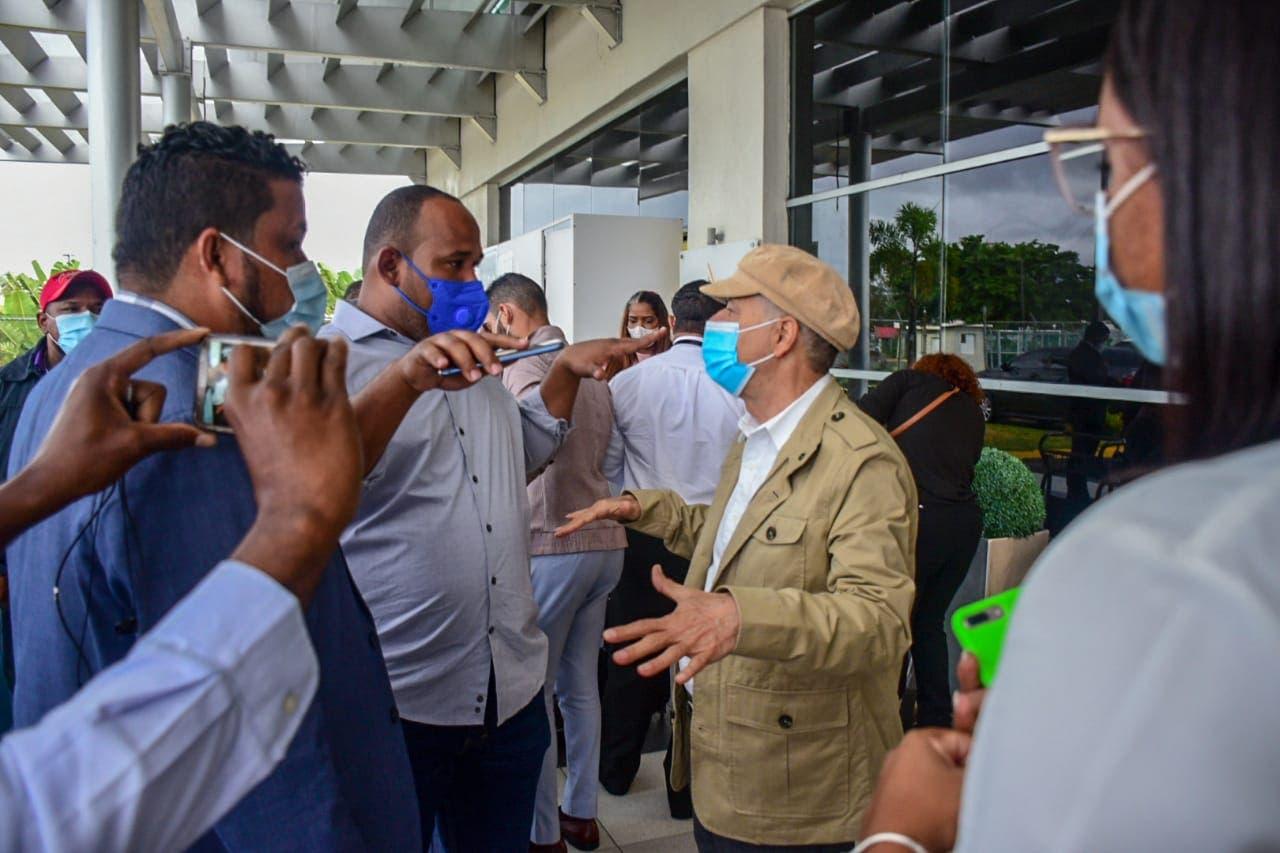 Alcalde dice en 2021 vendrán inversiones extranjeras a SDE
