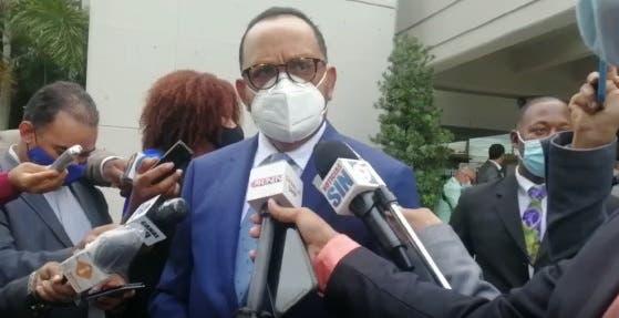 Consultor jurídico dice sería un acto de «indelicadeza» referirse a rumores de corrupción por ministra