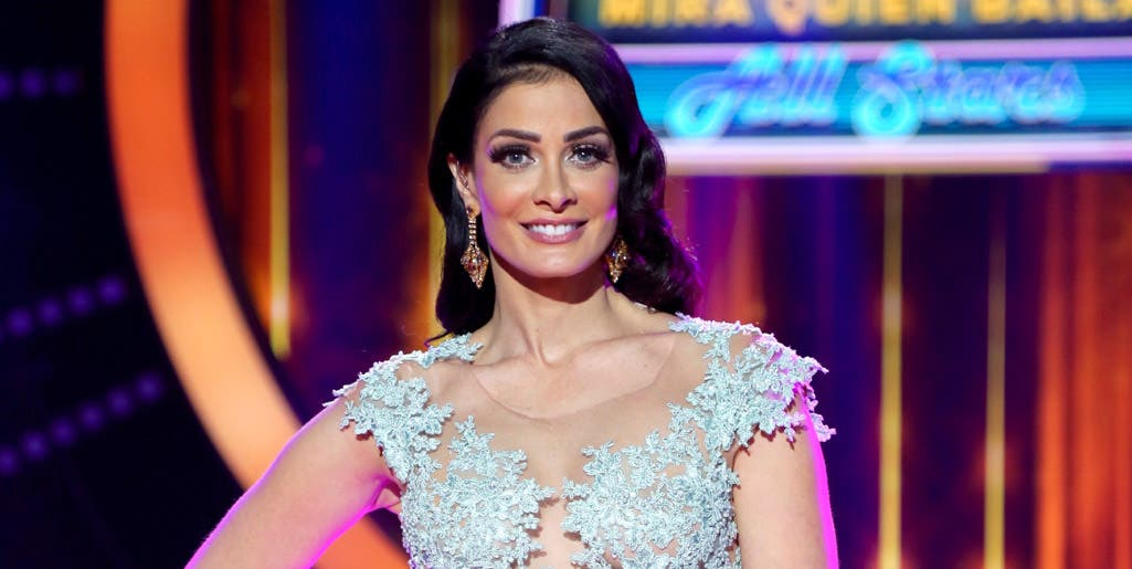 Ex Miss Universo Dayanara Torres se desnuda para concienciar sobre melanoma