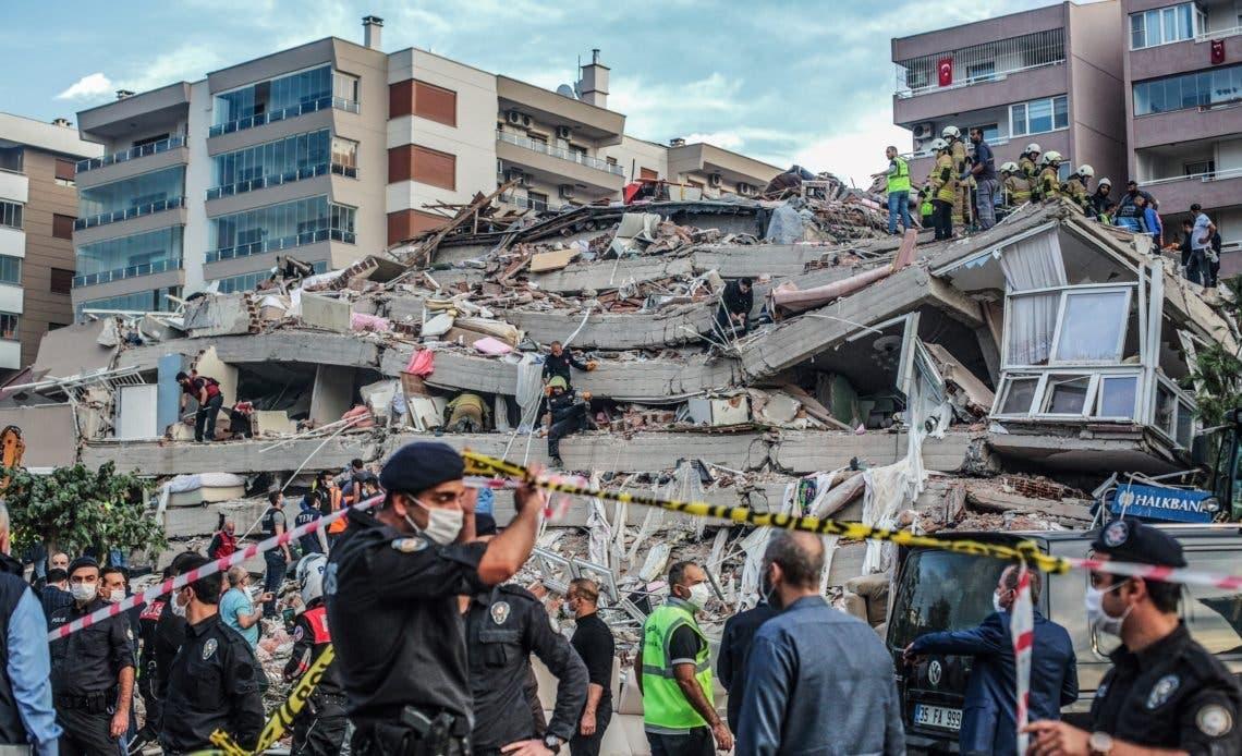 Al menos 14 muertos por terremoto en Turquía y Grecia