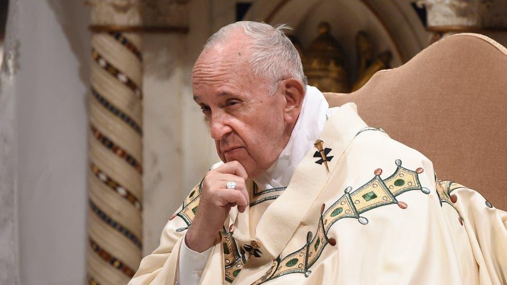 El papa Francisco retira a un obispo polaco acusado de encubrir abusos sexuales