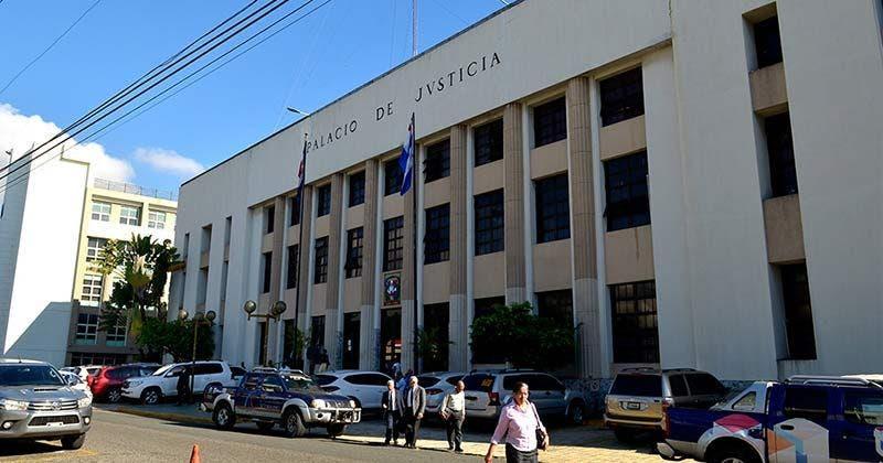 Investigan empleado del PJ por supuestamente introducir sustancias prohibidas