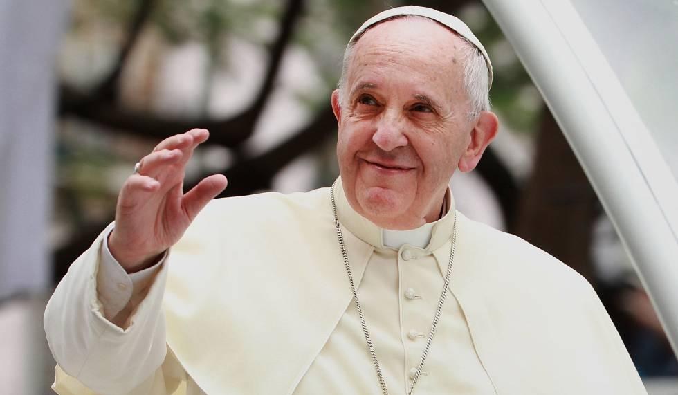 El papa cuenta en un libro sus tres «experiencias covid»