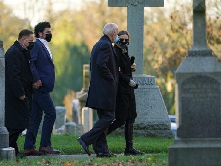 Joe Biden comienza la jornada electoral con una visita a la tumba de su hijo