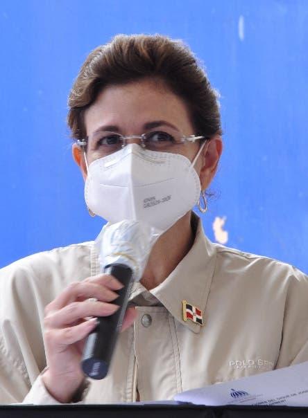 Raquel Peña: Si escuelas no pueden dar clases presenciales, colegios tampoco